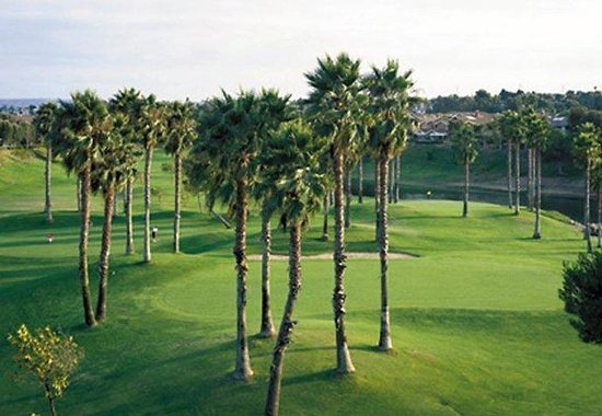 Manhattan Beach Marriott: Golf Course
