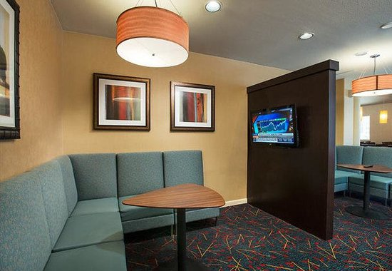 Residence Inn Palm Desert: The Studies