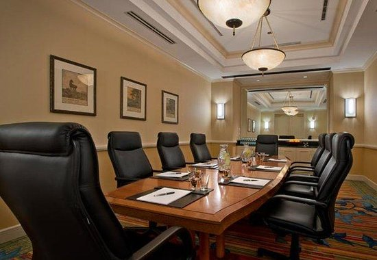 Denver Airport Marriott at Gateway Park: Boardroom