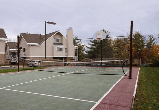 Williston, VT: Sport Court