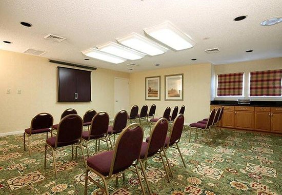 Tinton Falls, NJ: Meeting Room
