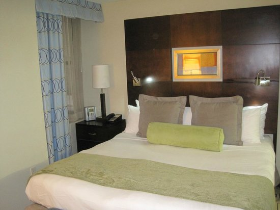 Hotel Mela : Executive Queen Room No 311