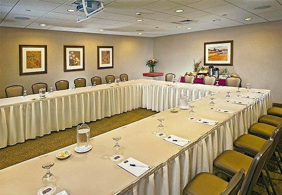 Plainview, Nueva York: Boardroom