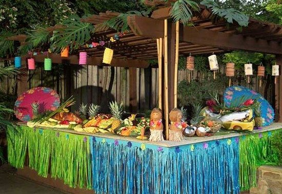 Plainview, Nueva York: Hawaiian Party