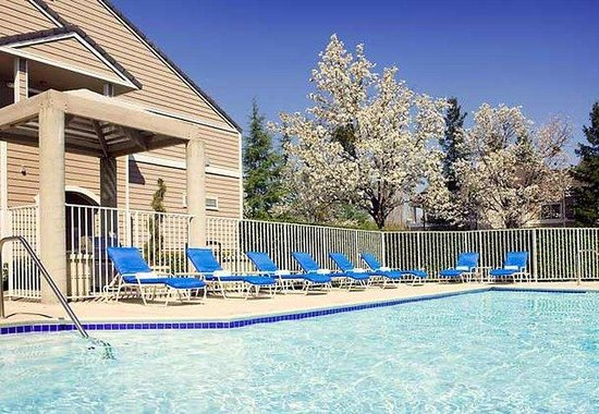 Residence Inn San Ramon: Outdoor Pool