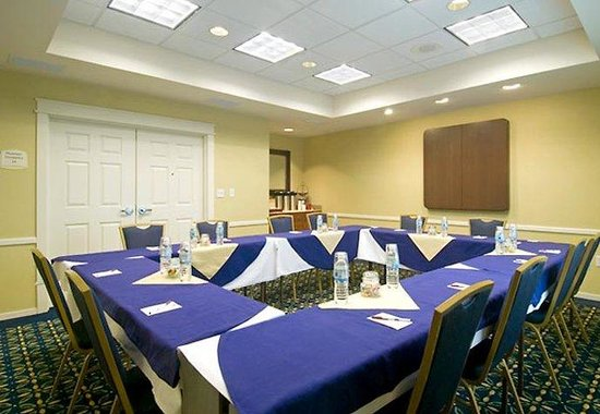 Residence Inn Dulles South: Meeting Space