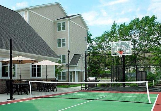 Norwood, MA: Sport Court