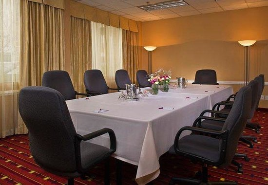 Bethesda, MD: Boardroom
