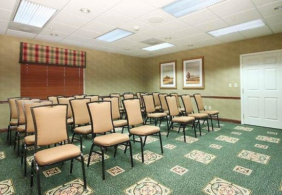 Vacaville, CA: Meeting Room