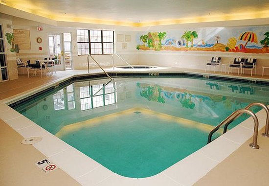 ‪‪Residence Inn Kansas City Overland Park‬: Indoor Pool‬