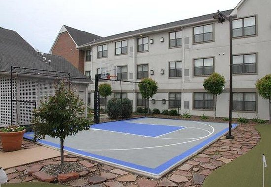 ‪‪Residence Inn Kansas City Overland Park‬: Sport Court‬