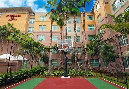 Residence Inn Fort Lauderdale SW / Miramar: Sport Court