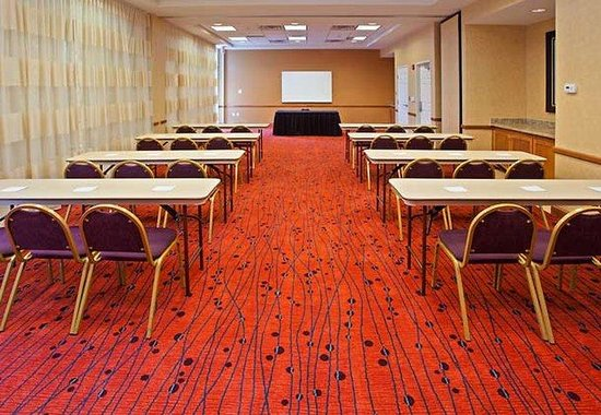 Residence Inn Louisville Downtown: Meeting Room