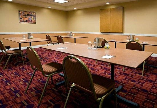 Residence Inn Atlanta Midtown / 17th Street: 17th Street Meeting Room