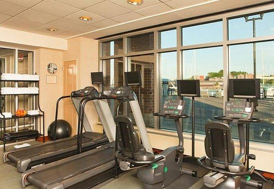 ‪‪Residence Inn by Marriott Boston Harbor on Tudor Wharf‬: Fitness Center‬