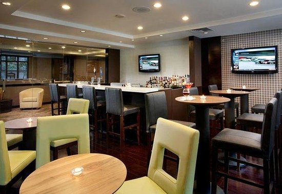 Residence Inn Philadelphia Center City: Bar