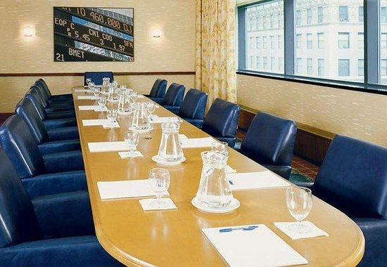 Residence Inn by Marriott Times Square New York: Boardroom