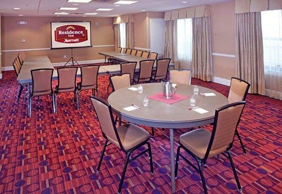 Dover, DE: Meeting Room