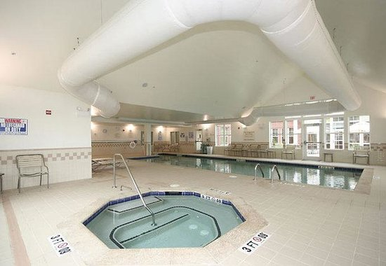 Residence Inn Greensboro Airport: Indoor Pool &amp; Whirlpool