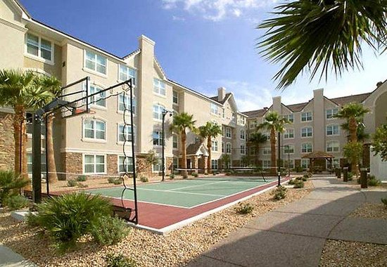 Residence Inn Las Vegas South: Sport Court