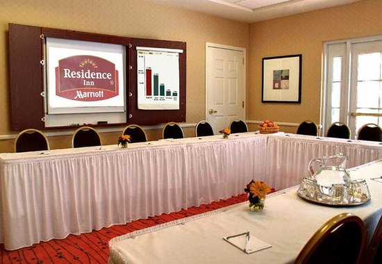 Avon, CT: Meeting Room