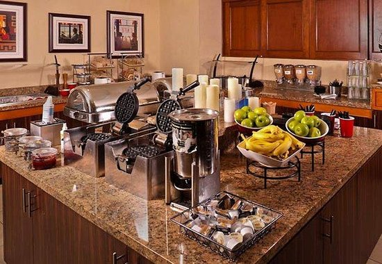 Residence Inn Atlanta Downtown: Breakfast Buffet