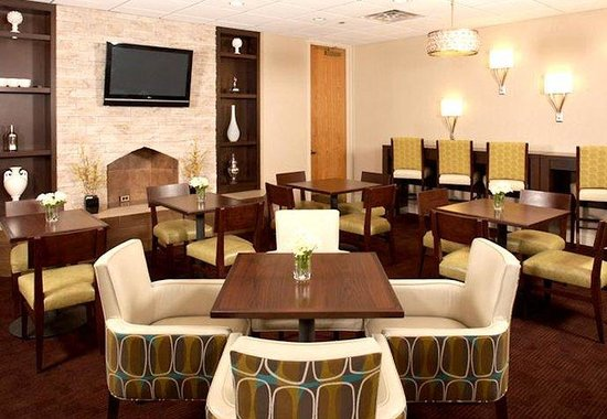 Residence Inn White Plains : Hearth Room