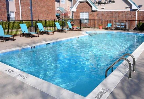 Residence Inn Dallas Richardson: Outdoor Pool