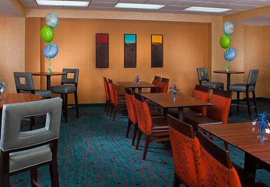 Residence Inn New Orleans Downtown: Meeting Room - Social Setup