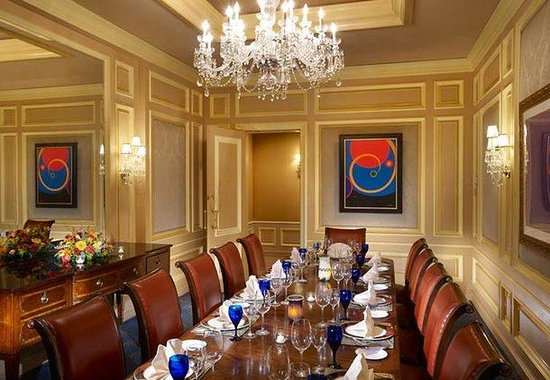 The Henry, Autograph Collection: Private Dining Room