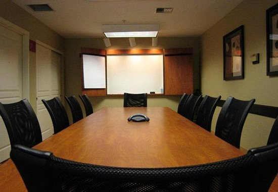 TownePlace Suites Seattle Everett/Mukilteo : Conference Room 