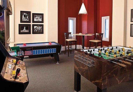 Marriott&#39;s Custom House: Game Room