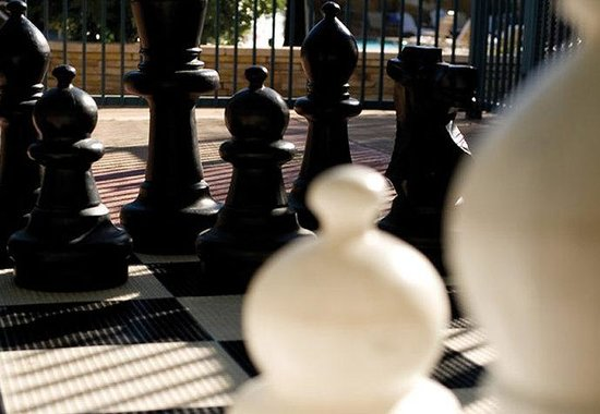 Marriott&#39;s Canyon Villas at Desert Ridge: Giant Chess Game