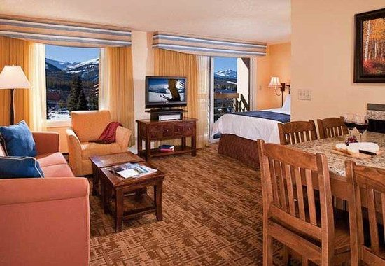 Marriott's Mountain Valley Lodge at Breckenridge: Studio Living Area
