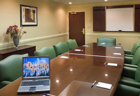 Kennesaw, GA: Executive Boardroom
