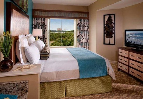 Marriott's Legends Edge at Bay Point: Villa Master Bedroom