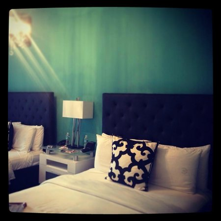 Ithaca of South Beach Hotel: The Bed