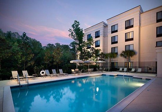 SpringHill Suites Gainesville: Outdoor Pool