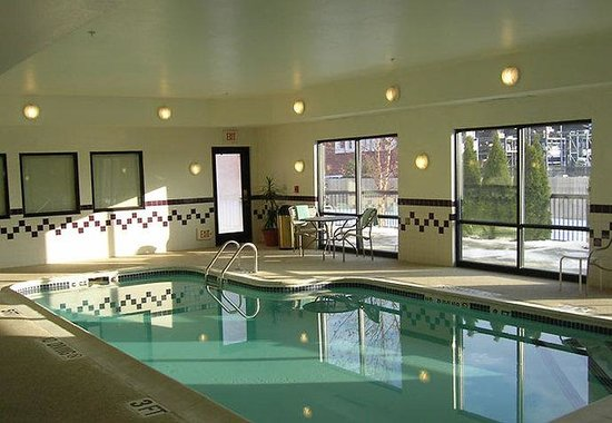 Mishawaka, IN: Indoor Pool
