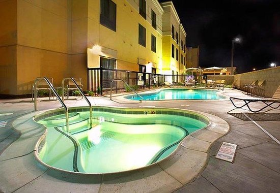 Modesto, CA: Pool &amp; Whirlpool