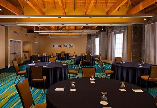 SpringHill Suites New Orleans Convention Center: Meeting Room