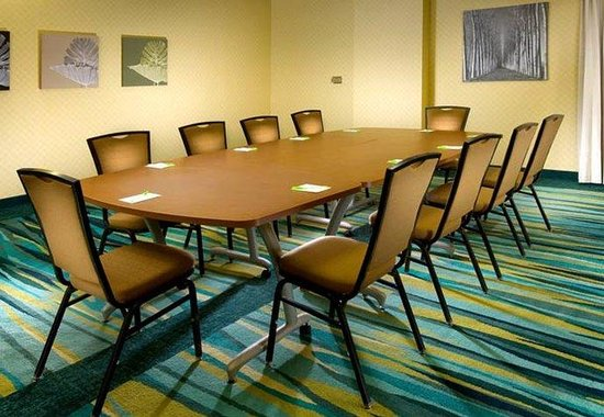 SpringHill Suites Miami Airport South : Meeting Room
