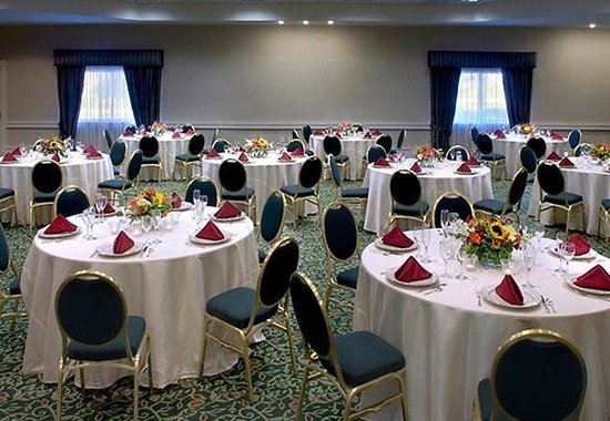 Peabody, MA: Meeting Room  Banquet Style