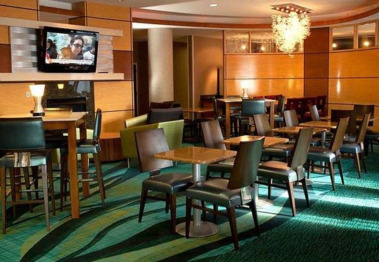 ‪‪SpringHill Suites Lexington near the University of Kentucky‬: Breakfast Area‬