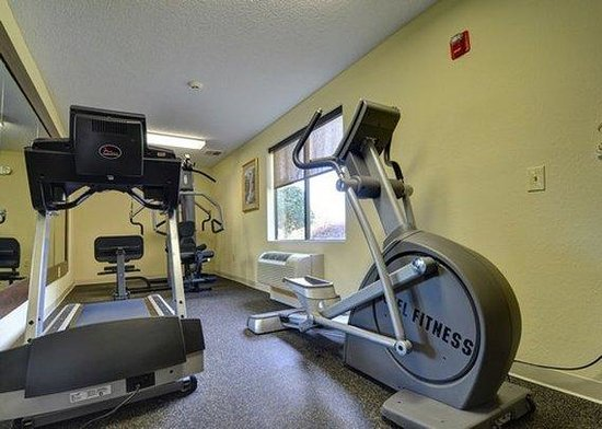 Clinton, NC: fitness center