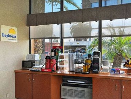 Inglewood, Californien: Breakfast Area