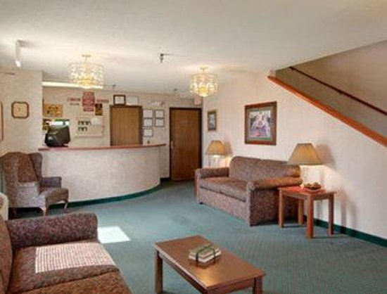 Days Inn Salina: Lobby