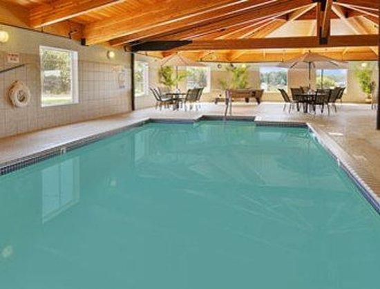 Faribault, MN: Indoor Heated Pool