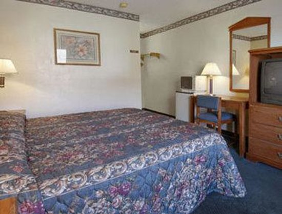 Abilene, TX: Standard King Bed Room