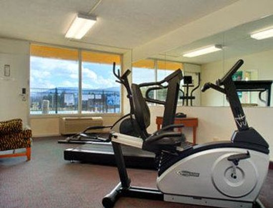 Days Inn Luray Shenandoah: Fitness Center